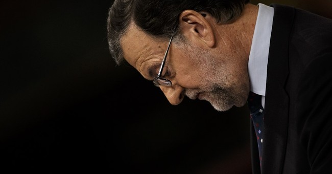 Spain's king coaxes politicians to end 9-month gov't limbo