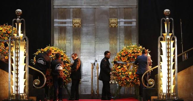 Mexico's capital pays last farewell to singer Juan Gabriel