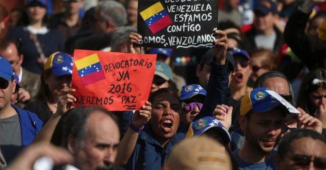 Venezuelan journalist charged after anti-Maduro protest