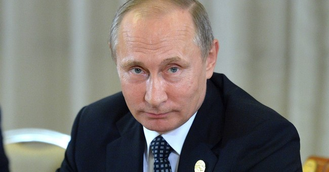 Russia, Saudi Arabia pledge to stabilize oil output