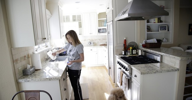 Super Bowl 50: Residents list rentals at super-sized prices