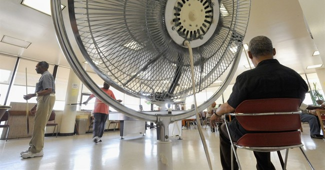 Electric fans might may make seniors hotter in extreme heat