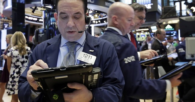 Global stocks drift amid US economy worries