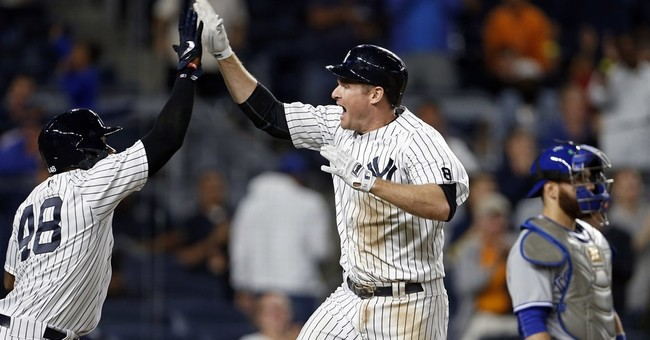Gardner makes leaping catch for last out, Yanks stop Jays