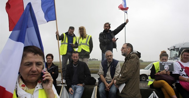 UK: Work to begin on Calais wall to stop Channel migrants