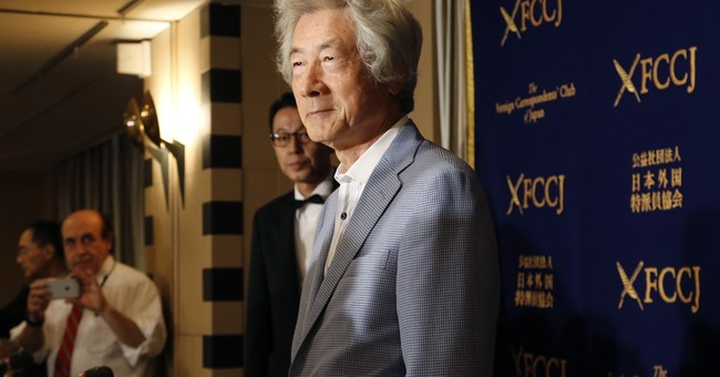 Japan's ex-leader backs sick US sailors who blame radiation