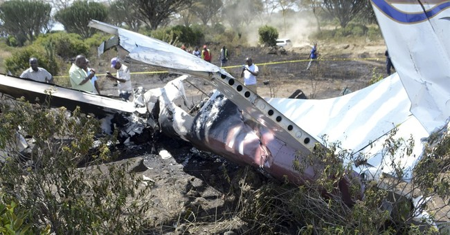 Kenya police: 1 dead, 5 survive plane crash in Rift Valley