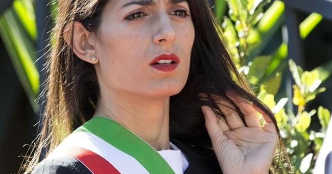 Italian populist backs Rome mayor amid administration chaos