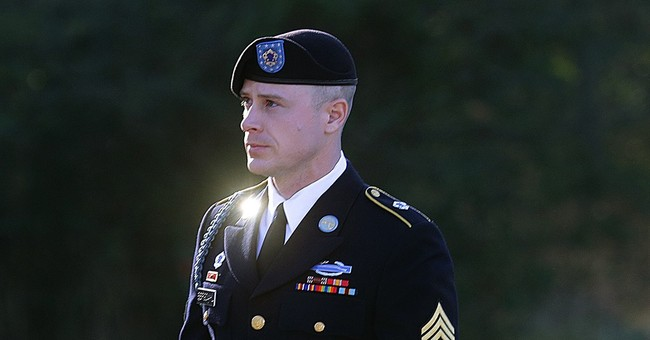 Prosecutors cite 2 soldiers' injuries in Bergdahl arguments