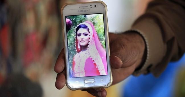 Pakistan court postpones hearing in UK woman's murder case