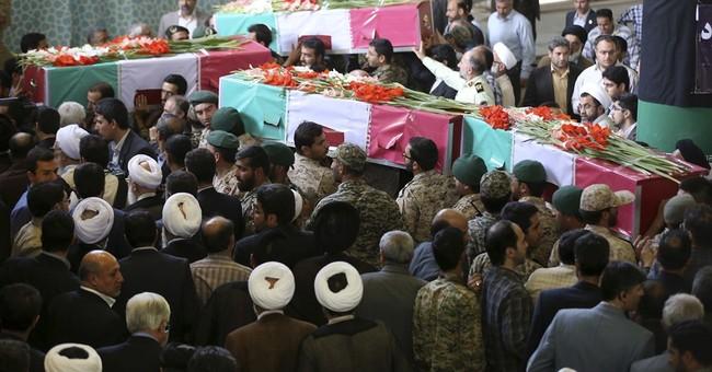 Crowds rally in Iran against Saudi Arabia ahead of hajj