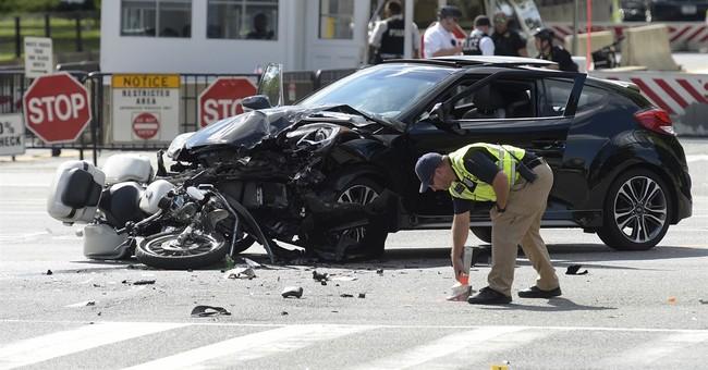 Secret Service: Uniformed agent hit by car near White House
