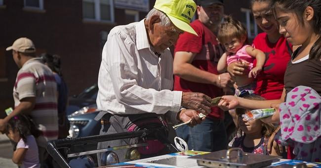 Fundraiser for elderly frozen treat seller tops $250,000