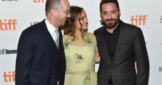 Portman's Jackie Kennedy film to get Oscar season release