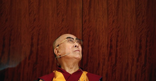 Dalai Lama urges talks with Islamic State, help for refugees