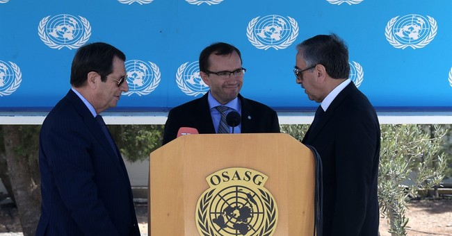 Split Cyprus' rival leaders to meet UN chief on peace talks