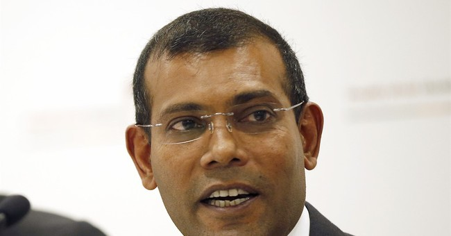 Maldives' 1st democratic president allies with ex-strongman