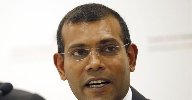 Maldives' 1st democratic president allies with ex-strongman