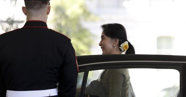 As Suu Kyi visits, US announces lifting of Myanmar sanctions