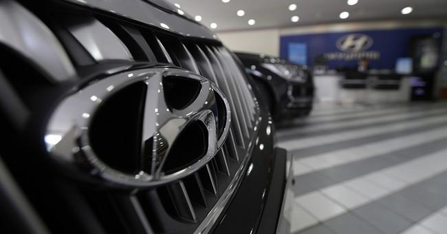 Hyundai recalls SUVs; software flaw may stop acceleration