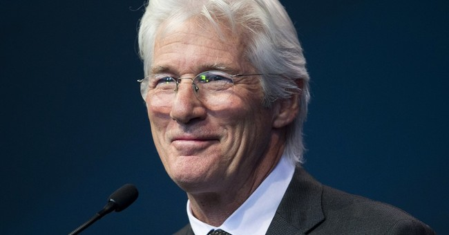 Richard Gere helps effort to aid homeless in his NY hometown