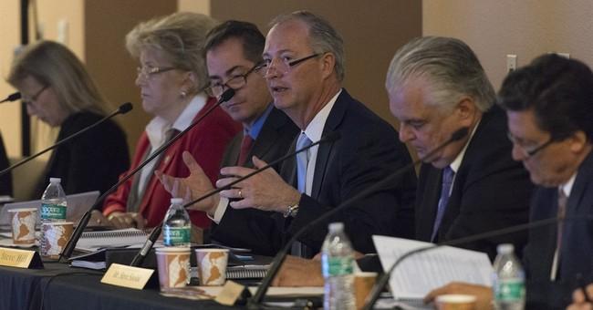 Stadium plan to lure Raiders to Las Vegas passes major vote