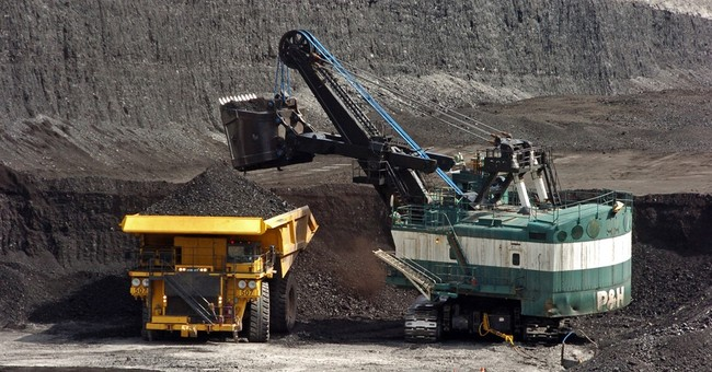 Major mine expansions in West test moratorium on coal sales