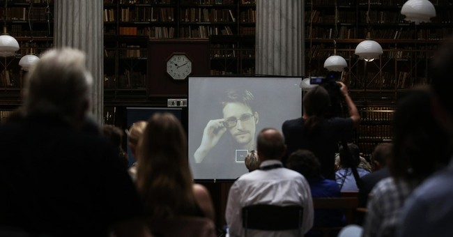 Snowden says he'll vote in US presidential election