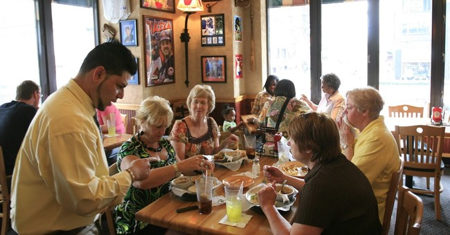 Sit-down chains suffer as diners opt for convenience