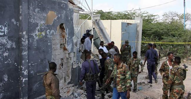 Suicide car bomber kills Somali general in capital