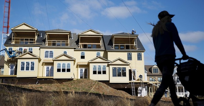 US homebuilder sentiment rises in September as sales improve