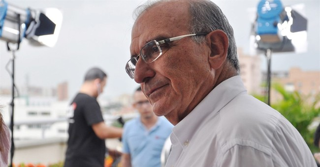 Once little known, Colombia's peacemaker hailed as hero