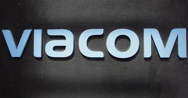 Interim Viacom CEO to leave, dividend slashed