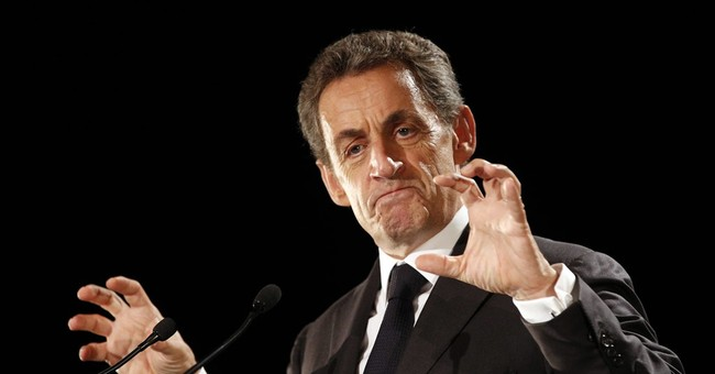 Migrants are main target of French presidential candidates
