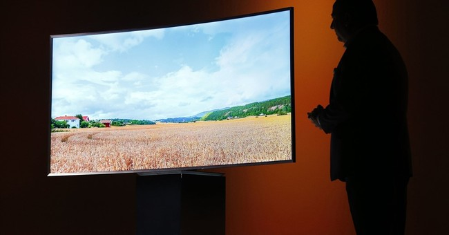 Your TV may use more energy than you think, group charges