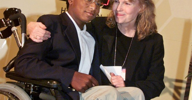 Medical examiner: Mia Farrow's son Thaddeus killed himself