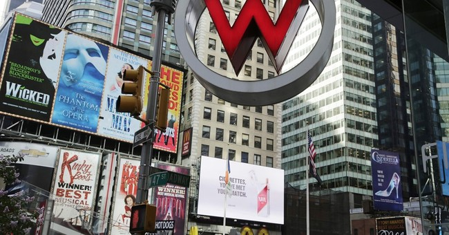 Marriott buys Starwood, becoming world's largest hotel chain