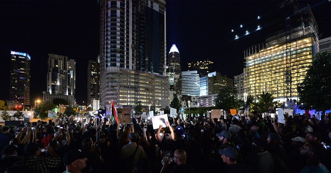 Protests remain peaceful outside Charlotte Panthers NFL game