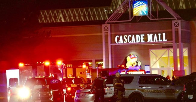 Latest: Police now say 4 fatally shot in mall north Seattle