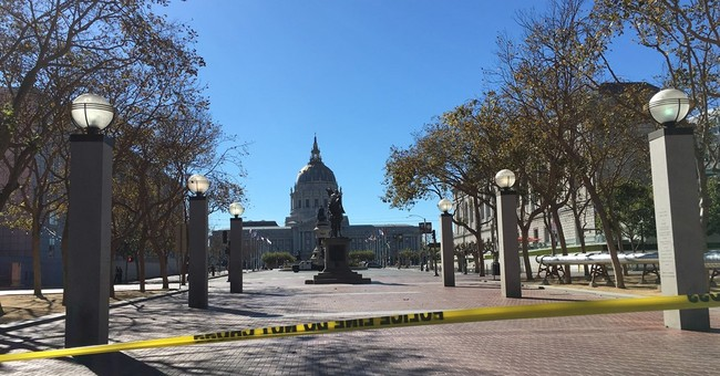 Standoff at San Francisco's Civic Center ends peacefully