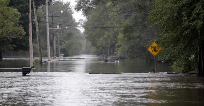 Residents evacuate Cedar Rapids homes ahead of flooding