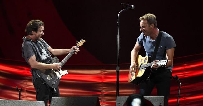 Rihanna, Kendrick, Metallica play at Global Citizen fest