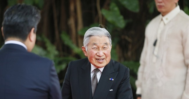 A look at past WWII-related visits by Japanese Emperor
