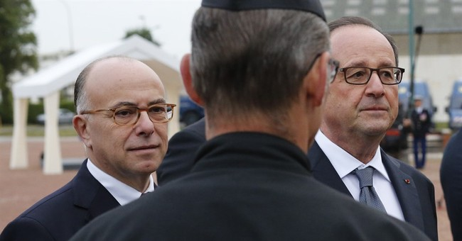 French president vows to shut down Calais camp this year