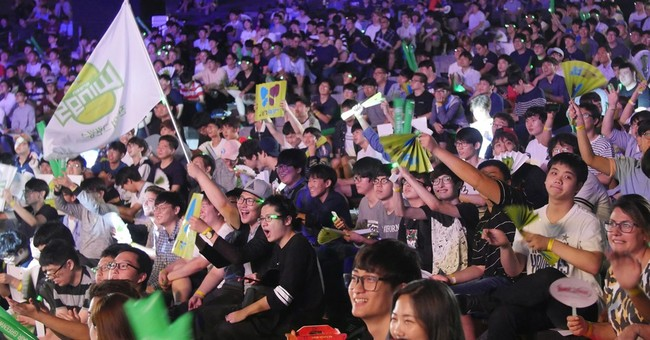 In South Korea, the crowd goes wild for competitive gaming