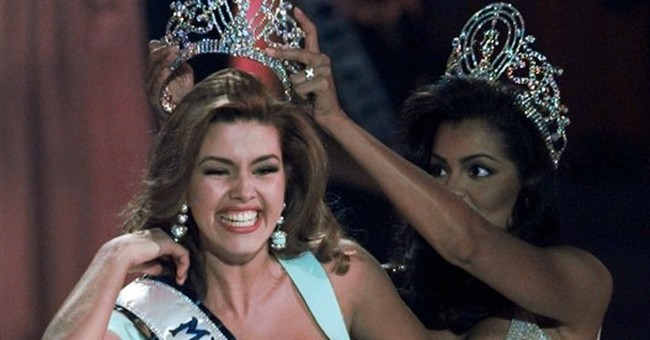 A Miss Universe insulted by Trump steps up for Clinton