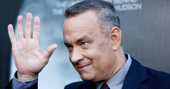 Tom Hanks crashes wedding photo shoot in Central Park