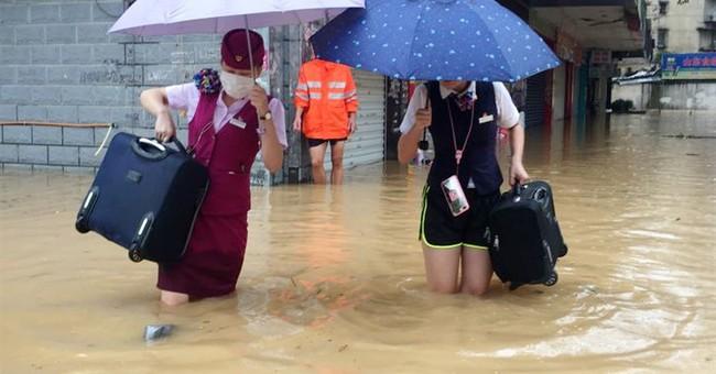 Massive typhoon hits eastern China, Taiwan, killing 5