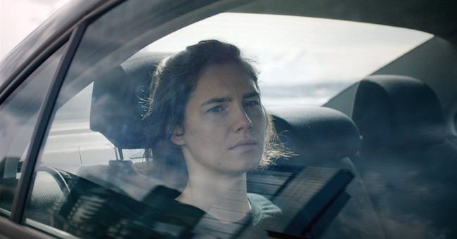 'Amanda Knox' pulls back the curtain on a media circus
