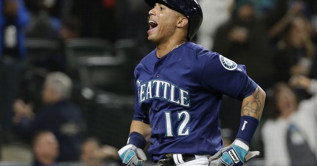 Zunino's HR spurs Seattle past A's 3-2